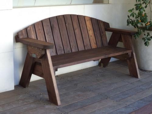 ספסל עץ דגם אלעד